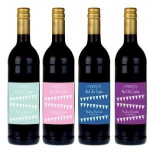 Weinflaschen-mit-persönlichen-Etikett-Geschenkidee