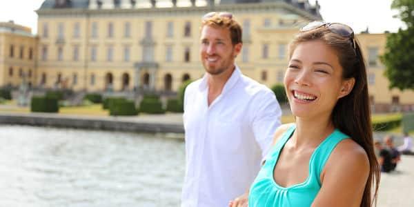 Hol dir dein Ja bei einem romantischen Spaziergang im Schlosspark