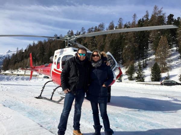 Heiratsantrag der Extraklasse mit einem Hubschrauber