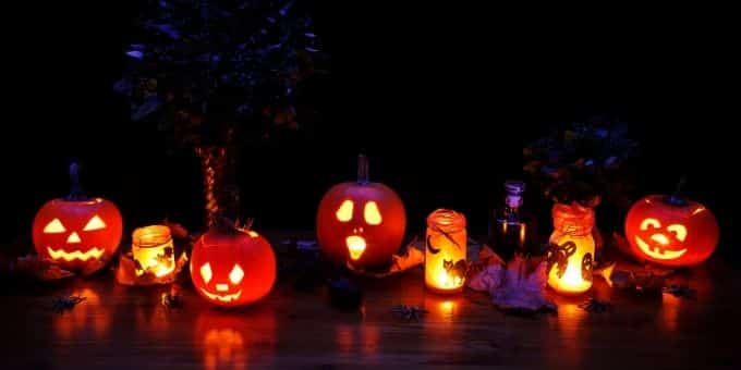 Lichtermeer Heiratsantrag Halloween
